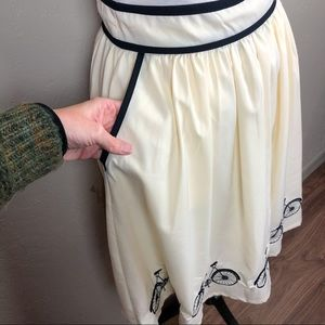 Anthropologie Skirts - Comme Toi Embroidered Bicycle Skirt